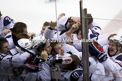 - Team USA celebrates after defeating Team Canada 6-5 (OT) to win the gold medal in the 2010 World Juniors tournament on Tuesday, January 5, 2010, at the Credit Union Centre in Saskatoon, Saskatchewan.