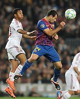 FUSSBALL  CHAMPIONS LEAGUE  VIERTELFINAL RUECKSPIEL   2011/2012      FC Barcelona - AC Mailand           03.04.2012 Robinho (li, AC Mailand) gegen Javier Mascherano (Barca)