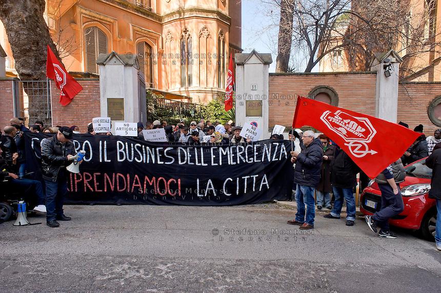 Roma 18  Febbraio 2015<br /> I movimenti per il diritto all'abitare hanno occupato la sede dell' Acer (Associazione Costruttori Edili di Roma), in via di Villa Patrizi, in concomitanza con il convegno sul Social Housing, organizzato dall' Acer  e i ministri del Governo Renzi, a Piazza di Pietra.<br /> Rome February 18, 2015<br /> The movements for the right to housing have occupied the seat of Acer (Association of Builders of Rome), by way of Villa Patrizi, in conjunction with the conference on Social Housing, organized by the  Acer and ministers of the  government Renzi, to Piazza di Pietra.