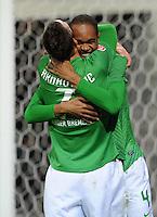 FUSSBALL   1. BUNDESLIGA   SAISON 2011/2012    14. SPIELTAG SV Werder Bremen - VfB Stuttgart       27.11.2011 Marko ARNUTOVIC (vorn) und NALDO (hiinten, beide Bremen) jubeln nach dem Tor zu 2:0