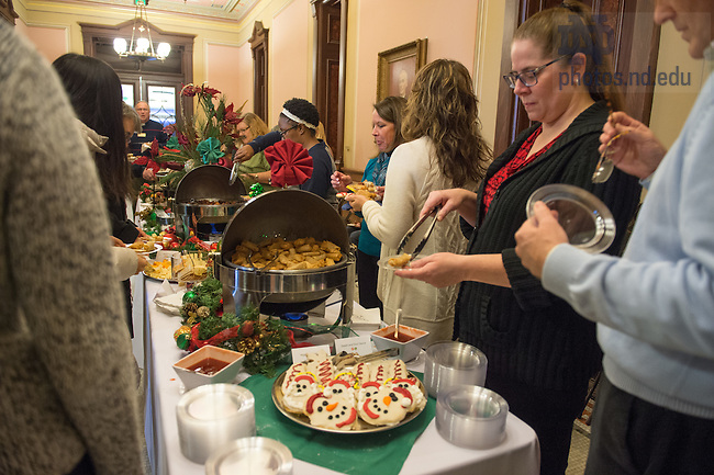 December 9, 2016; President's Christmas Reception. (Photo by Barbara Johnston/University of Notre Dame)