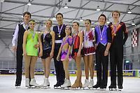 KUNSTSCHAATSEN: GRONINGEN: dec. 2010, Sportcentrum Kardingen, Open Nederlands Kampioenschap kunstrijden, ©foto Martin de Jong