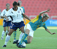 17 August 2004:   Shannon Boxx battles for the ball against Sally Shipard from Australia at Kaftanzoglio Stadium in Thessaloniki, Greece.     USA defeated Australia, 0-0.   Credit: Michael Pimentel / ISI