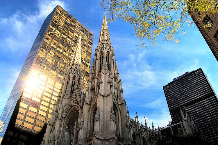 St. Patrick's Cathedral on 5th Avenue, Manhattan, New York City.
