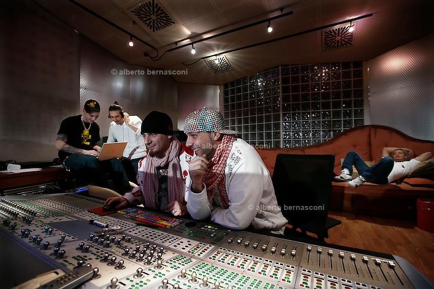 Milano besto sound studio i gemelli diversi grido - Gemelli diversi milano ...