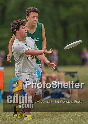 22 May 2016: The Vermont Commons School Flying Turtles take on the Needham High School B Rockets on the second day of the Pioneer Valley Ultimate Disk Invitational Tournament at the Oxbow Marina Fields in Northampton, Massachusetts. The Turtles defeated the Rockets 15-2 in their fourth game of the tournament. Mandatory Credit: Ed Wolfstein Photo *** RAW (NEF) Image File Available ***