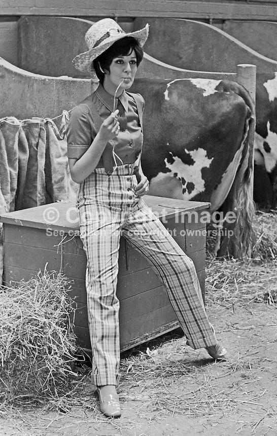 Susan Riddell, aka Susan Knoles, fashion model, born Londonderry, N Ireland, modelling at Balmoral Show (????), Belfast, 1969.196902000067<br /> <br /> Copyright Image from<br /> Victor Patterson<br /> 54 Dorchester Park<br /> Belfast, N Ireland, UK, <br /> BT9 6RJ<br /> <br /> t1: +44 28 90661296<br /> t2: +44 28 90022446<br /> m: +44 7802 353836<br /> e1: victorpatterson@me.com<br /> e2: victorpatterson@gmail.com<br /> <br /> www.victorpatterson.com