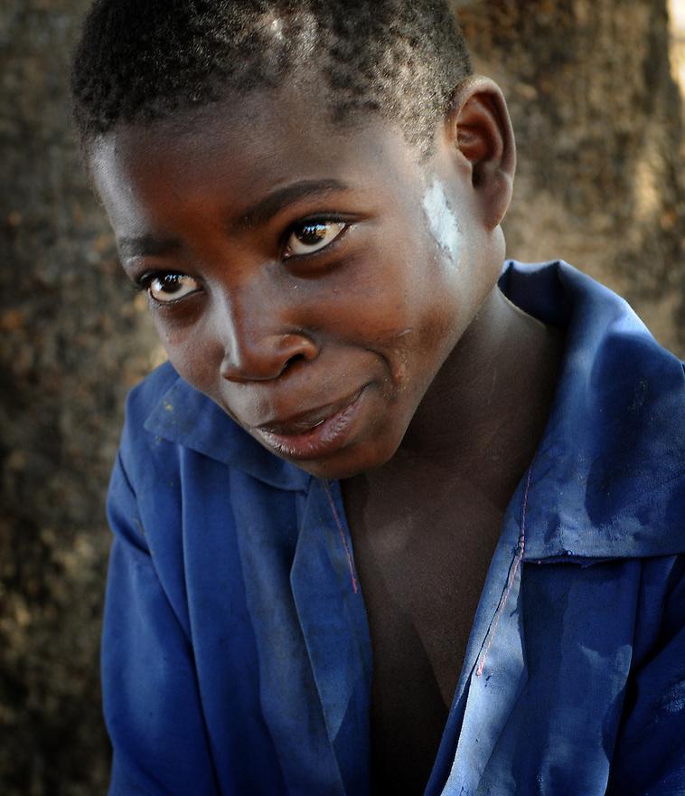 AIDS ORPHAN MAVUTO NAMAHANA, 11,  KAMBALAME VILLAGE, PHALOMBE DISTRICT, MALAWI. . PICTURE BY CLARE KENDALL. 4 /11/12