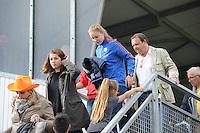 VOETBAL: HEERENVEEN: 20-09-2015, Sportpark Skoatterw&acirc;ld, Itali&euml;-Nederland, Vrouwenvoetbal EK Kwalificatie onder 19 jaar, Ciska Folkertsma (op de tribune) geblesseerd aan haar enkel, uitslag 1-1,<br /> &copy;foto Martin de Jong