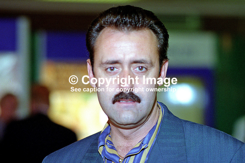 Robert Girvan,  chairman, Ulster Democratic Party, N Ireland, UK, 199509116..Copyright Image from Victor Patterson, 54 Dorchester Park, Belfast, UK, BT9 6RJ..Tel: +44 28 9066 1296.Mob: +44 7802 353836.Voicemail +44 20 8816 7153.Skype: victorpattersonbelfast.Email: victorpatterson@me.com.Email: victorpatterson@ireland.com (back-up)..IMPORTANT: If you wish to use this image or any other of my images please go to www.victorpatterson.com and click on the Terms & Conditions. Then contact me by email or phone with the reference number(s) of the image(s) concerned.