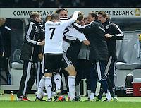 Fussball International  WM Qualifikation 2014   16.10.2012 Deutschland - Schweden Jubel nach dem Tor zum 3:0 Bastian Schweinsteiger und  Per Mertesacker  (v. li., Deutschland)