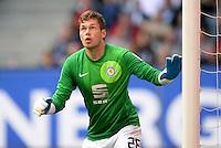FUSSBALL   1. BUNDESLIGA   SAISON 2013/2014   4. SPIELTAG Hamburger SV - Eintracht Braunschweig                  31.08.2013 Daniel Davari (Eintracht Braunschweig)
