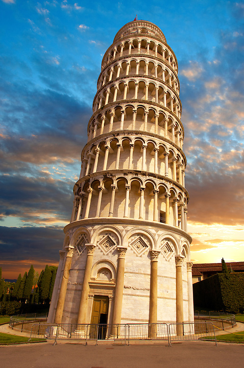Leaning Tower of Pisa - Pizza  del Miracoli - Pisa - Italy