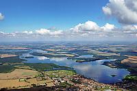 Biosphaerenreservat Schaalsee: EUROPA, DEUTSCHLAND,  MECKLENBURG VORPOMMERN 19.08.2016:<br /> Im Jahre 2000 wurde die mecklenburger Schaalseelandschaft durch die UNESCO als Internationales Biosphaerenreservat  ausgewiesen. Blickrichtung von Suedwest nach Nordost.