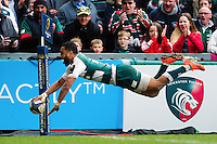 Telusa Veainu of Leicester Tigers scores a try in the second half. European Rugby Champions Cup quarter final, between Leicester Tigers and Stade Francais on April 10, 2016 at Welford Road in Leicester, England. Photo by: Patrick Khachfe / JMP