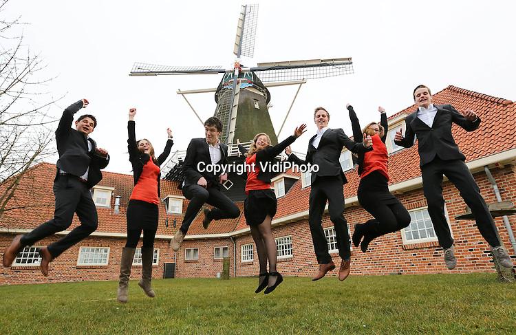 Foto: VidiPhoto..KESTEREN - Jonge ondernemers voor (en in restaurant) molen De Zwaluw in Kesteren..