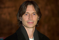 Robert Carlyle arrives for the Ray Ban Visionary award which was presented to actor Kevin Bacon at Stein Eriksen Lodge on the fourth day of the Sundance Film Festival Sunday, Jan. 23, 2005 in Park City, Utah. August Miller/ Deseret Morning News DIGITAL PHOTOGRAPH