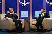 United States President Barack Obama, right, meets former U.S. President Bill Clinton, left, at the Clinton Global Initiative for a conversation about health care in New York, New York on Tuesday, September 24, 2013.<br /> Credit: Allan Tannenbaum / Pool via CNP
