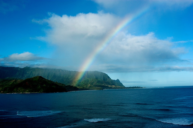 Hawaii: Kauai, rainbow at north end of island, as seen from Princeville, Model Released.  Photo hifree122.Photo copyright Lee Foster, 510/549-2202, lee@fostertravel.com, www.fostertravel.com