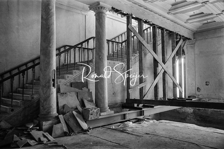 Schade aan het interieur van paleis noordeinde vergt een - Makers van het interieur ...