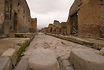 the streets of Pompeji, Italy