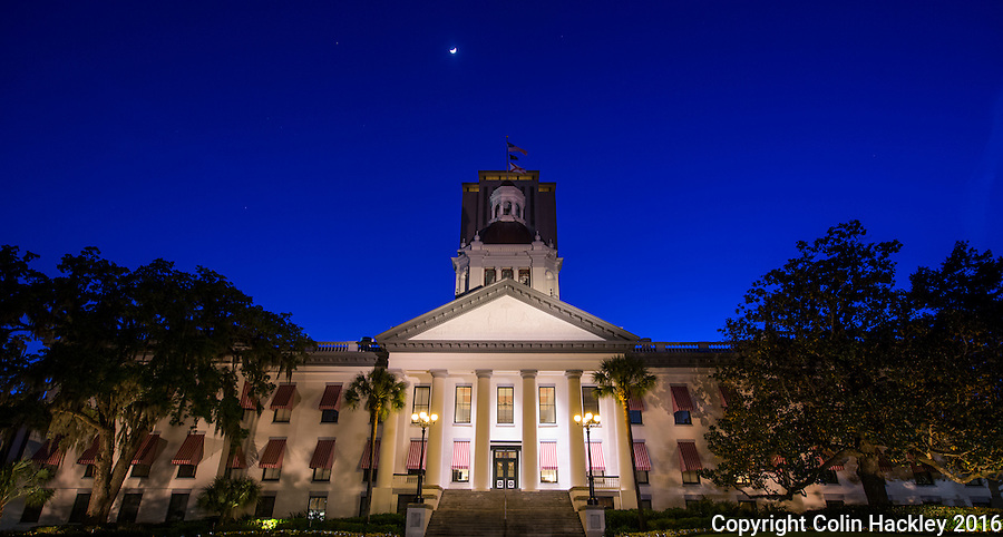 TALLAHASSEE, FLA. 4/11/16-The Historic Florida Capitol at dusk. <br /> <br /> COLIN HACKLEY PHOTO
