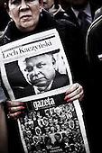 Warsaw 11/04/2010 Poland<br /> People mourning the tragic death of President Lech Kaczynski and his wife.<br /> Photo: Adam Lach / Napo Images for The New York Times<br /> <br /> Zaloba po tragicznej smierci Prezydenta Lecha Kaczynskiego i jego malzonki.<br /> Fot: Adam Lach / Napo Images for The New York Times