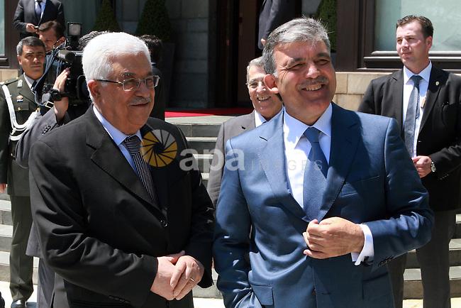 Palestinian President Mahmoud Abbas (Abu Mazen) meets with Turkish President Abdullah Gul in Istanbul on June 04, 2012.  Photo by Thaer Ganaim