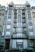 Auguste Perret: Franklin Apartments, Paris, 1902. 26 Rue Franklin.