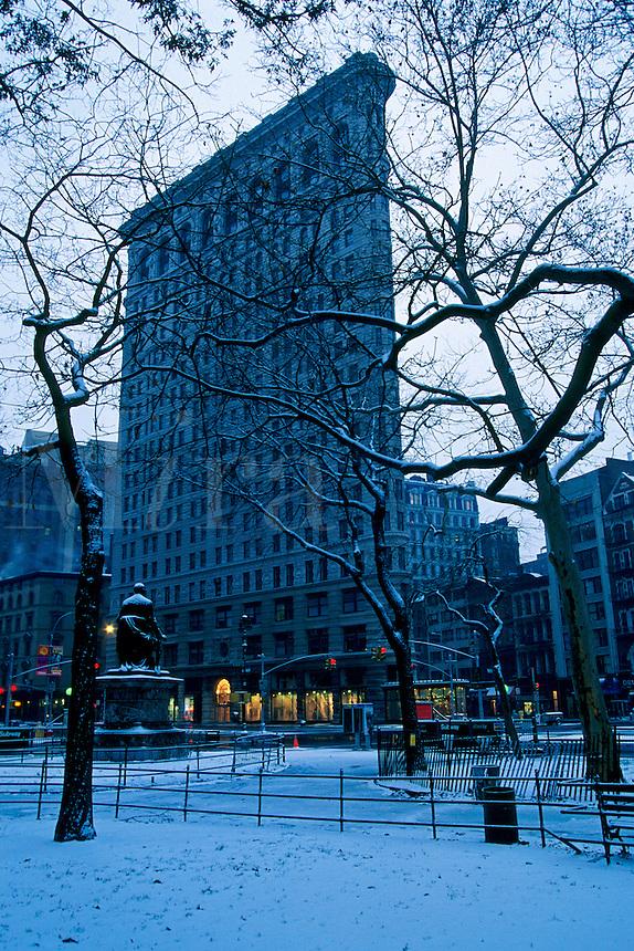 "#JP0723 ""Flatiron Building & Madison Sq. Park - New York N"