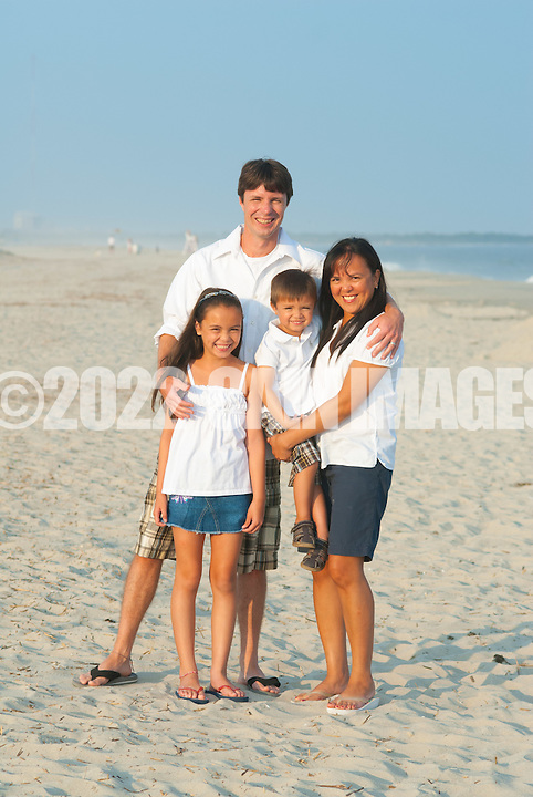8/15/12 6:41:49 PM - Cape May, NJ. -- The Lumley family is photographed August 15, 2012 in Cape May, New Jersey. -- (Photo by William Thomas Cain/Cain Images)... -- ...Photo by William Thomas Cain, Freelance.