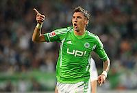 FUSSBALL   1. BUNDESLIGA   SAISON 2011/2012    5. SPIELTAG VfL Wolfsburg - FC Schalke 04                                  11.09.2011 Mario MANDZUKIC (Wolfsburg) bejubelt seinen Treffer zum 2:1