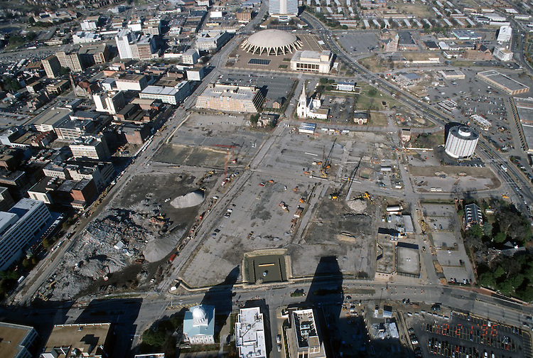 1996 December 20..Redevelopment..Macarthur Center.Downtown North (R-8)..LOOKING NORTH..NEG#.NRHA#..