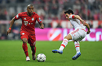 FUSSBALL CHAMPIONS LEAGUE  SAISON 2015/2016 VIERTELFINALE HINSPIEL FC Bayern Muenchen - Benfica Lissabon         05.04.2016 Arturo Vidal (li, FC Bayern Muenchen) enteilt Nicolas Gaitan (Benfica Lissabon)