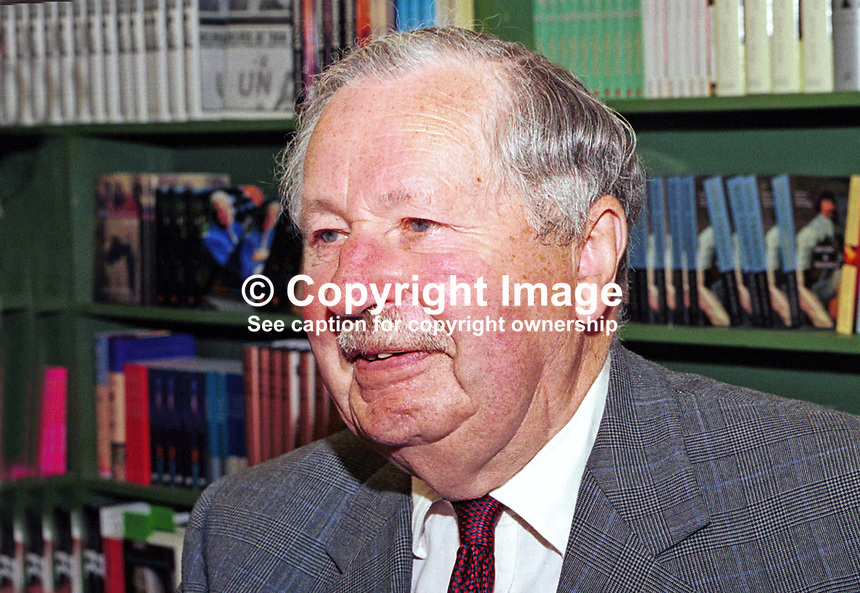 Sir David Fraser, military biographer, former general, Britain, UK. Taken at or during Hay Book Festival, 200005084.<br /> <br /> Copyright Image from Victor Patterson, 54 Dorchester Park, <br /> Belfast, UK, BT9 6RJ<br /> <br /> t1: +44 28 9066 1296 (from Rep of Ireland 048 9066 1296)<br /> t2: +44 28 9002 2446 (from Rep of Ireland 048 9002 2446)<br /> m: +44 7802 353836<br /> <br /> e1: victorpatterson@me.com<br /> e2: victorpatterson@gmail.com<br /> www.victorpatterson.com<br /> <br /> Please see my Terms and Conditions of Use at www.victorpatterson.com. It is IMPORTANT that you familiarise yourself with them.<br /> <br /> Images used on the Internet must be visibly watermarked i.e. &copy; Victor Patterson<br /> within the body of the image and copyright metadata must not be deleted. Images <br /> used on the Internet have a size restriction of 4kbs and will be chargeable at current<br />  NUJ rates unless agreed otherwise.<br /> <br /> This image is only available for the use of the download recipient i.e. television station, newspaper, magazine, book publisher, etc, and must not be passed on to any third <br /> party. It is also downloaded on condition that each and every usage is notified within 7 days to victorpatterson@me.com<br /> <br /> The right of Victor Patterson to be identified as the author is asserted in accordance with The Copyright Designs And Patents Act (1988). All moral rights are asserted.