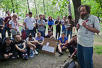 Moscow, Russia, 12/05/2012..A political lecture in Chistiye Prudy, or Clean Ponds, a park in central Moscow were some 200 opposition activists have set up camp.