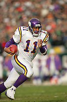 16 Jan 2005:Daunte Culpepper of the Minnesota Vikings during the Philadelphia Eagles 27-14 victory over the Minnesota Vikings at Lincoln Financial Field in Philadelphia, PA. <br /> <br /> Mandatory Credit:Todd Bauders/ContrastPhotography.com