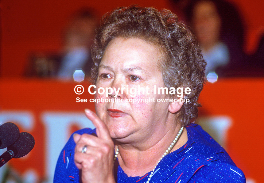 Claire Brooks, PPC, prospective parliamentary candidate, Liberal Party, Lancaster, UK, speaking annual conference September 1986. 19860918CB2<br /> <br /> Copyright Image from Victor Patterson, 54 Dorchester Park, Belfast, UK, BT9 6RJ<br /> <br /> t1: +44 28 9066 1296 (from Rep of Ireland 048 9066 1296)<br /> t2: +44 28 9002 2446 (from Rep of Ireland 048 9002 2446)<br /> m: +44 7802 353836<br /> <br /> e1: victorpatterson@me.com<br /> e2: victorpatterson@gmail.com<br /> <br /> The use of any of my copyright images is subject to my Terms &amp; Conditions.<br /> <br /> It is IMPORTANT that you familiarise yourself with them. They are available on my website, victorpatterson.com.<br /> <br /> None of my copyright images may be used on the Internet unless they are visibly watermarked, i.e. &copy; Victor Patterson within the body of the image. Additionally metadata denoting my copyright must NOT be deleted. <br /> <br /> Web use is extra at the then currently recommended NUJ rates.