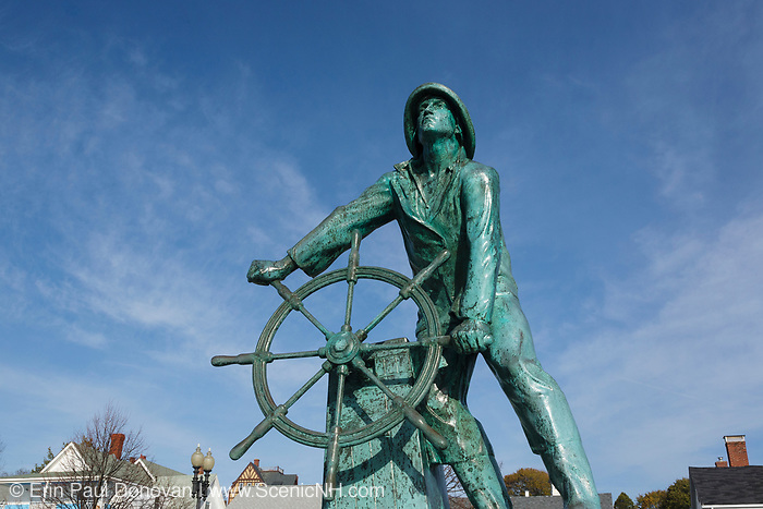 """Gloucester Fishermen""""s Memorial on Stacy Boulevard in Gloucester, Massachusetts USA , which is part of scenic New England"""