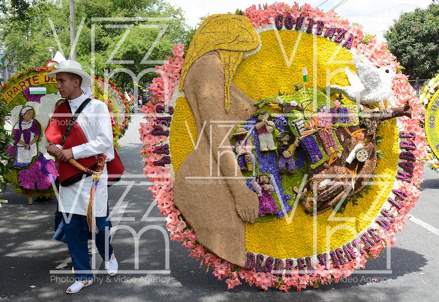 MEDELLIN-COLOMBIA, 7-08-2016.Feria de las Flores . Desfile de silleteros  ./ Flower Fair . Photo:VizzorImage / León Monsalve / Contribuidor