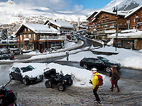 Switzerland. Canton Valais. Verbier is a village located in the municipality of Bagnes. The village lies on a south orientated terrace at around 1,500 metres. The terrace lies on the east side of the Val de Bagnes. Verbier had 3000 permanent residents in 2010. The number of residents can rise to 35,000 in the winter season. Verbier is one of the largest holiday resort and ski areas in the Swiss Alps, 3.01.2012 © 2012 Didier Ruef