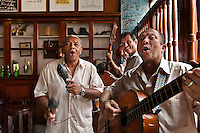 La Bodeguita del Medio bar and restaurant, musicians