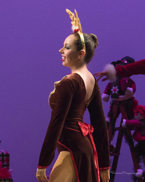 "3D Project Jazz Company, Performance, ""All Wrapped Up"", Cary Arts Center, Saturday, 2 PM, 21 Dec 2013."
