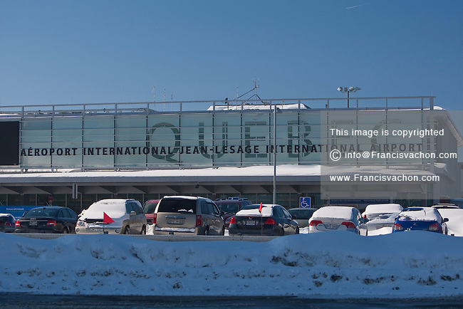 Aeroporto Quebec City : Aeroport international jean lesage stock photos by