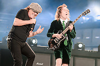 Brian Johnson & Angus Young. AC/DC  Rock or Bust World Tour 2015 auf dem Messegelände in Hannover am 21.June 2015. Foto: Rüdiger Knuth