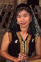 Asie/Malaisie/Bornéo/Sarawak: Chez les Dayak - Portrait des habitants de la longhouse