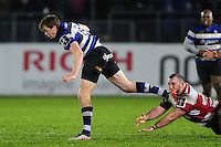 Harry Davies of Bath Rugby gets past Yann Thomas of Gloucester Rugby. Anglo-Welsh Cup match, between Bath Rugby and Gloucester Rugby on January 27, 2017 at the Recreation Ground in Bath, England. Photo by: Patrick Khachfe / Onside Images