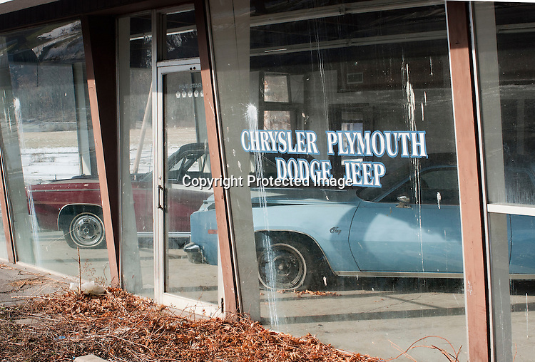 Abandoned Auto Dealership Sean Posey Photography
