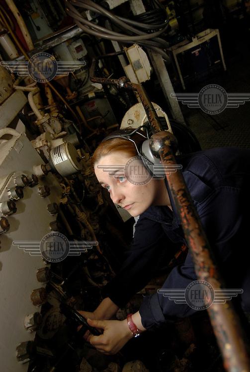ET (Electronics Technician) Nikki Phoenix is marine engineer aboard HMS Campbeltown.