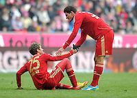 FUSSBALL   1. BUNDESLIGA  SAISON 2011/2012   21. Spieltag FC Bayern Muenchen - 1. FC Kaiserslautern       11.02.2012 Thomas Mueller (li,) Mario Gomez (FC Bayern Muenchen)